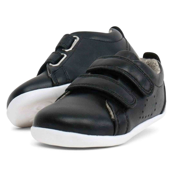 Step Up GRASS COURT CASUAL BLACK
