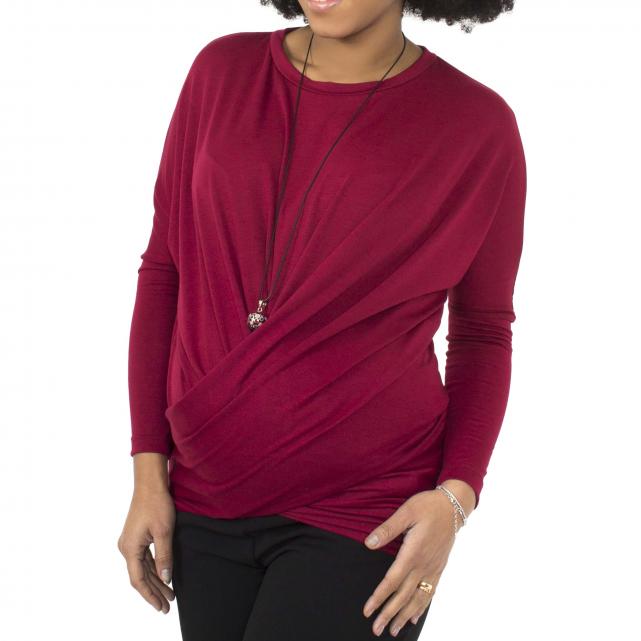 Maglia premaman incrocio sotto il pancione ottima per i tuoi abbinamenti in gravidanza color rosso cardinale